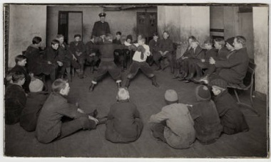 Logan_Park_boys_night_boxing_in_the_Field_House_Minneapolis_Minnesota 1900-1920