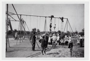 Children_on_playground_structure_in_North_Commons_Park_Minneapolis_Minnesota 1905-1915