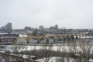stone_arch_bridge_winter1
