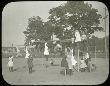 Girls_Outdoor_Gymnasium_Minneapolis_Park_Board_Minneapolis_Minnesota 1900-1930
