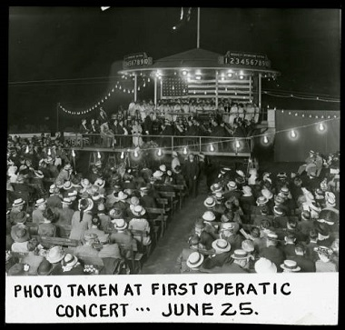 Lake_Harriet_Roof_Garden_Photo_Taken_at_First_Operatic_Concert_June_25_Minneapolis_Minnesota 1900-1930