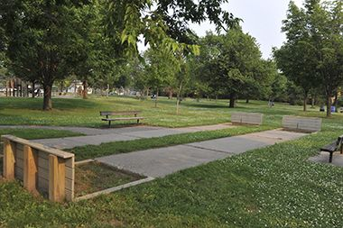 Marshall_Terrace_Park_horseshoe