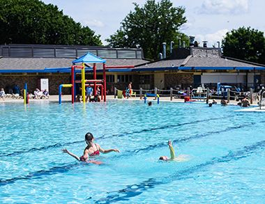 lupient_water_park_swim_lessons2