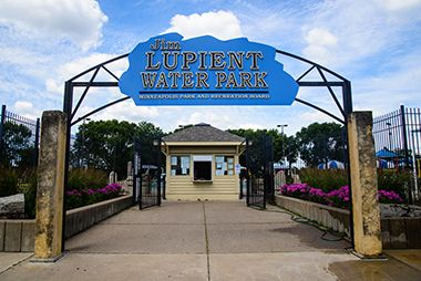 lupient_water_park_sign