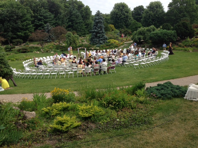 wedding setup at lyndale park peace garden