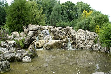 peace_garden_waterfall
