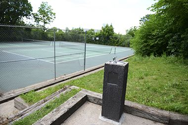 Tower_Hill_Park_tenniscourt