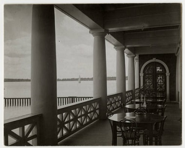 View_of_Lake_Harriet_from_the_Pavilion__Minneapolis_Minnesota 1920s