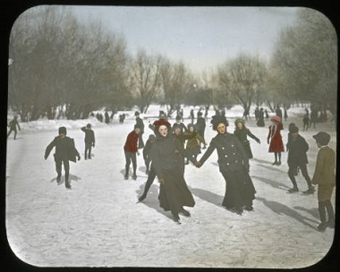 Skating_at_Van_Cleve_Park_Minneapolis_Minnesota 1900-1930