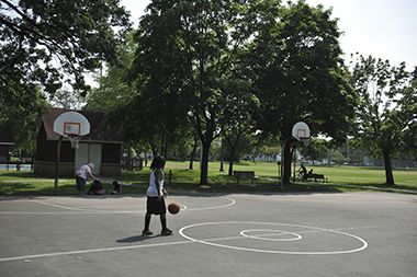 Brackett_Park_basketball