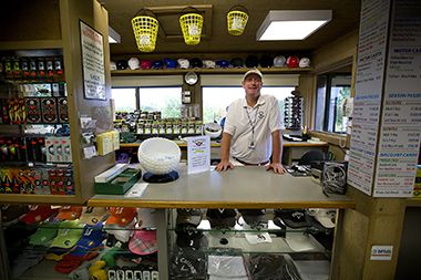hiawatha_golf_proshop1