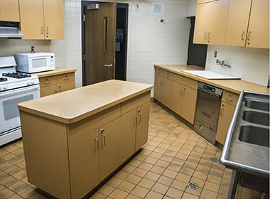 whittier_park_centerkitchen2