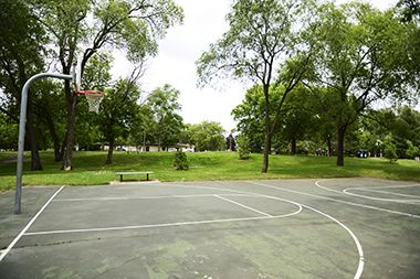 Hi_View_Park_basketball