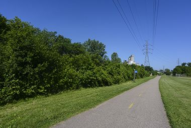bassett_creek_bikepath