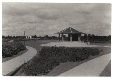 Folwell_Park_Bandstand_Minneapolis_Minnesota 1927