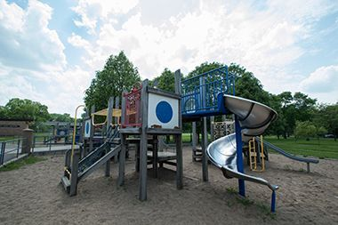 Bryn_Mawr_Meadows_playground