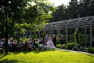 sculpture_garden_wedding_pergola_ceremony