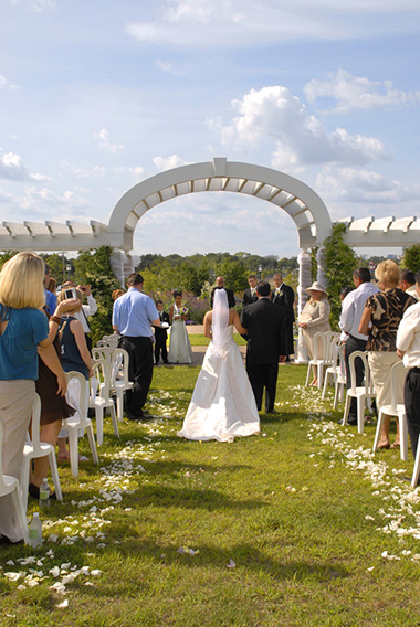 Wedding Ceremony at Longfellow Gardens