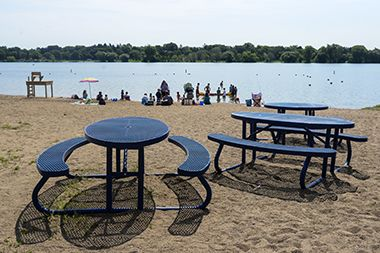 Lake Nokomis_Main Beach_picnic