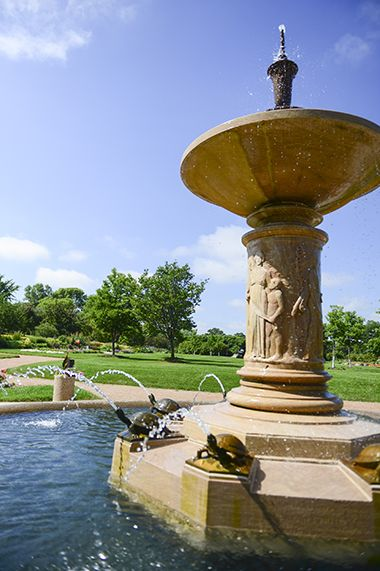 Lyndale_Park_Annual_Perennial_fountain1