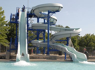 north_commons_waterpark_slide