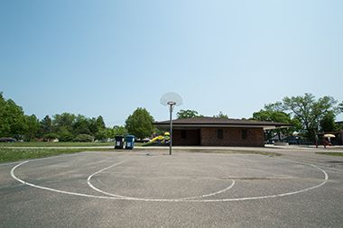 cleveland_park_basketballrestroom