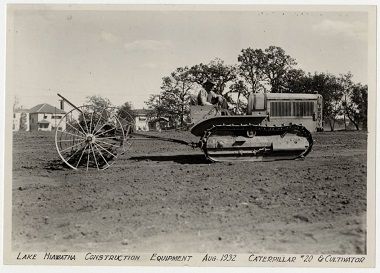 Lake_Hiawatha_Park_Construction_Equipment_Caterpillar Aug 1932