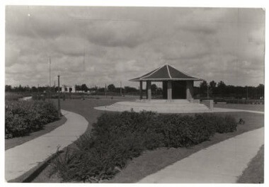 Folwell Park Bandstand, 1927