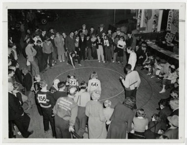 Park Board youth marble tournament at the Municipal Auditorium, 1943