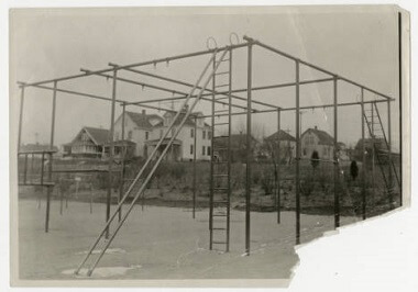 Powderhorn Park playground apparatus, Nov. 12, 1915