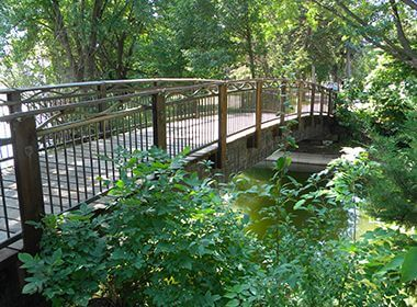 Minnehaha Creek Park
