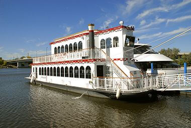 Mississippi River Cruise at Bohemian Flats