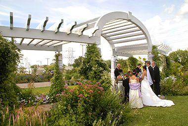 Weddings at Longfellow Gardens
