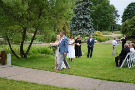 Image of a wedding in the Lyndale Park Peace Garden.