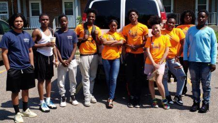 Teen Teamworks members.